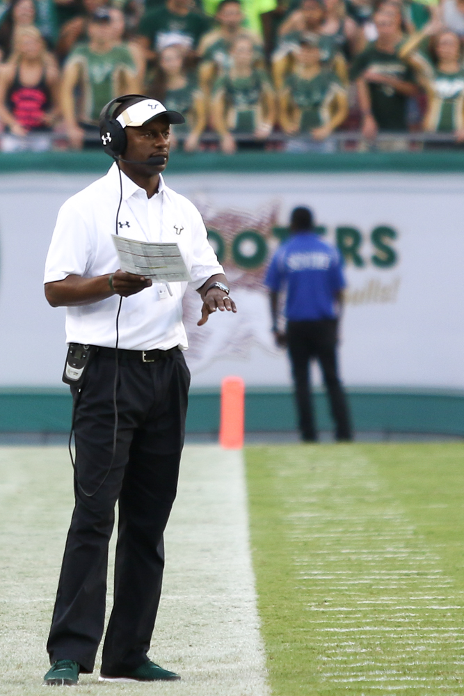 This time, it is Willie Taggart who has to pull the upset for USF. /ANDREW J. KRAMER