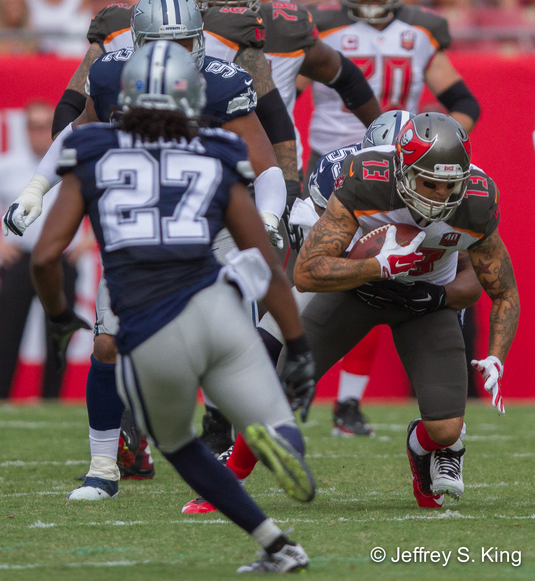 Evans drops some balls, but he's still a weapon for Bucs.