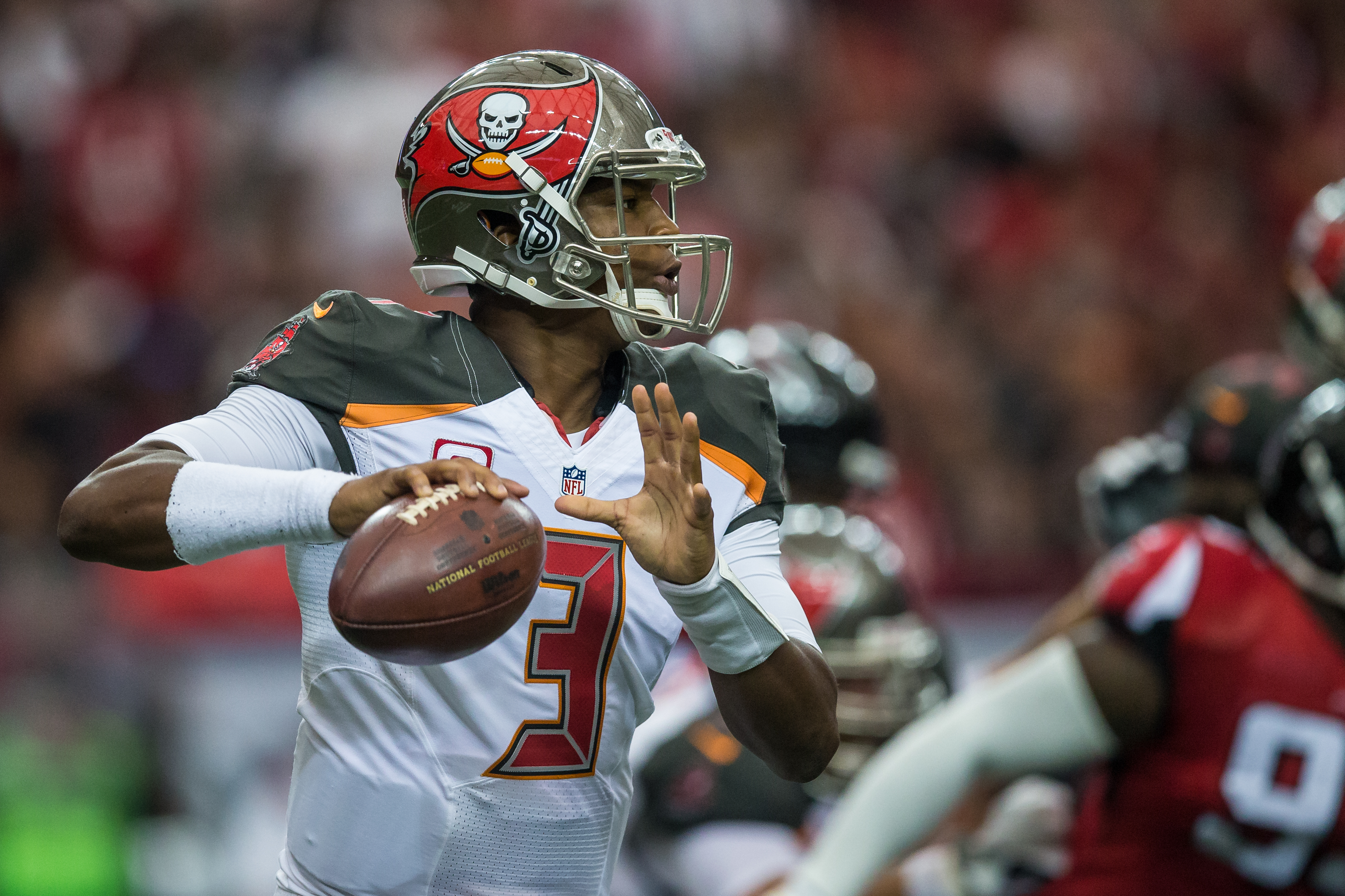 Winston threw for four touchdowns in the middle two quarters to lead Bucs./TRAVIS PENDERGRASS