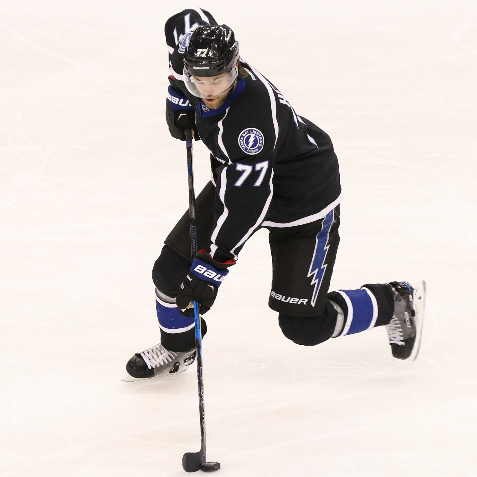 Victor Hedman tries to move the puck for Bolts./Steven Muncie