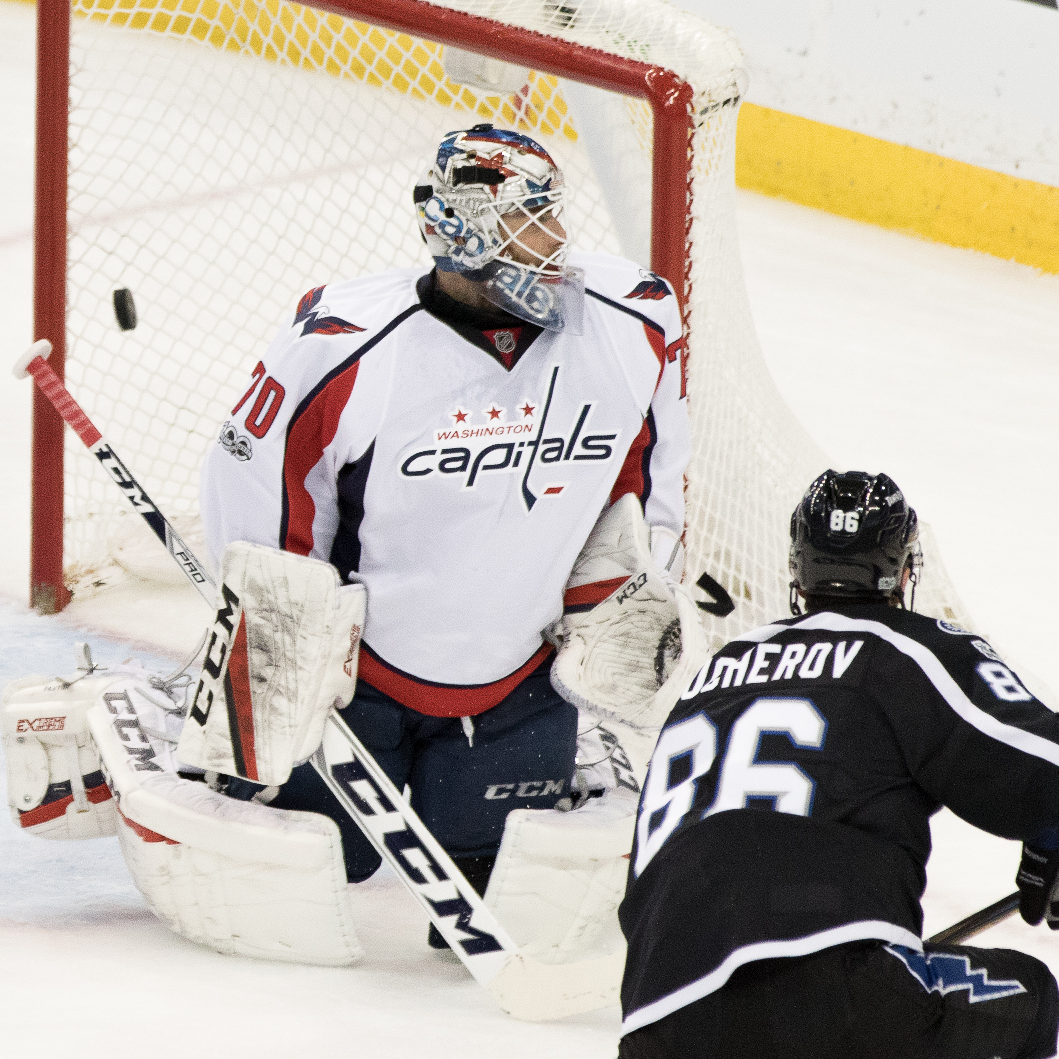 Nikita Kucherov gets one past Holtby to score for the bolts./Steven Muncie