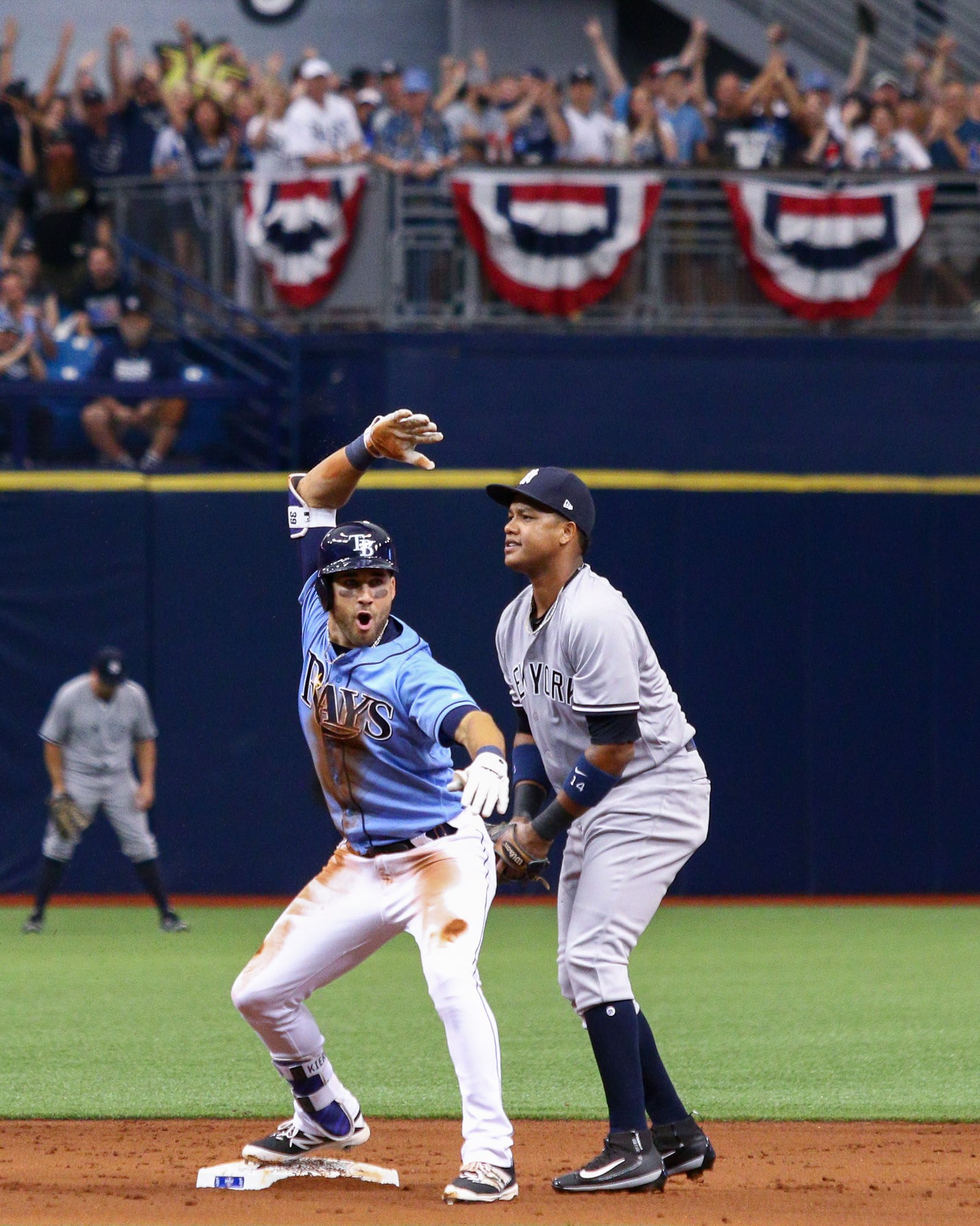 Kiermaier reacts after doubling in the 1st./ANDREW J. KRAMER
