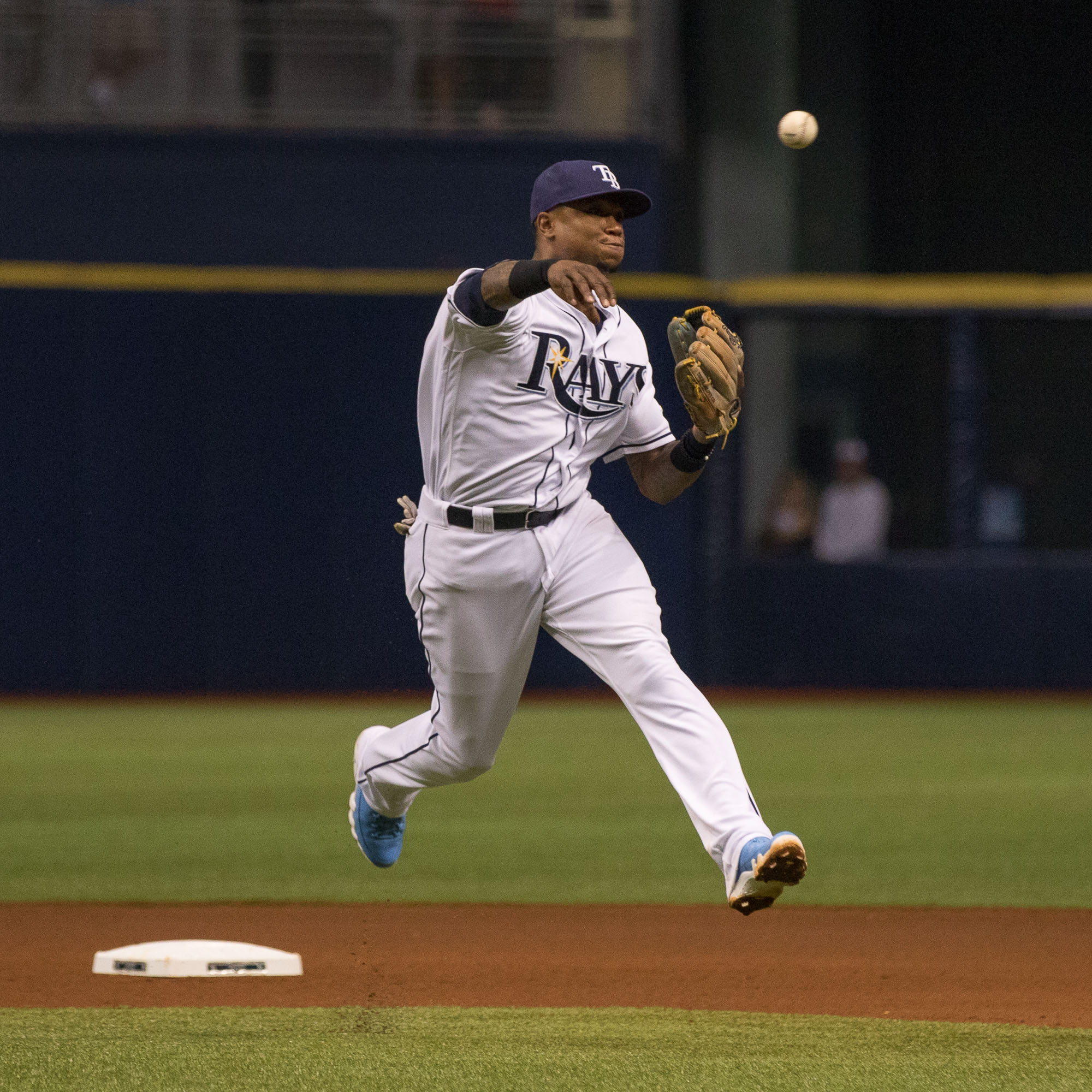 Tim Beckham makes a play at shortstop./STEVEN MUNCIE