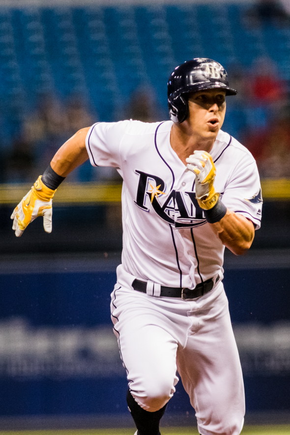 Dickerson remained hot, getting three more hits./CARMEN MANDATO