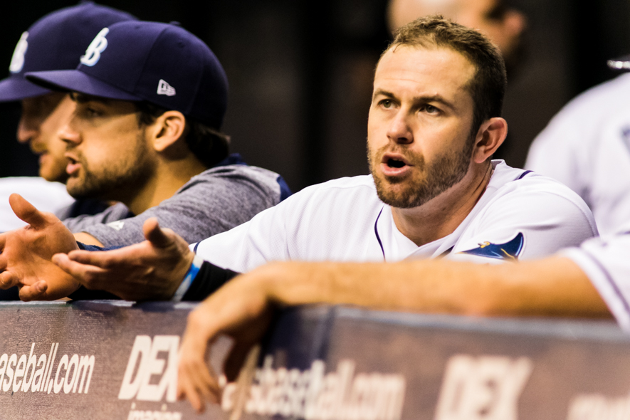 Longoria after being called out at first for flinching toward second./CARMEN MANDATO