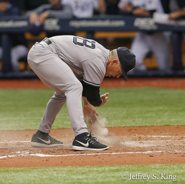 Girardi put on a show on his way out of the game./JEFFREY S. KING