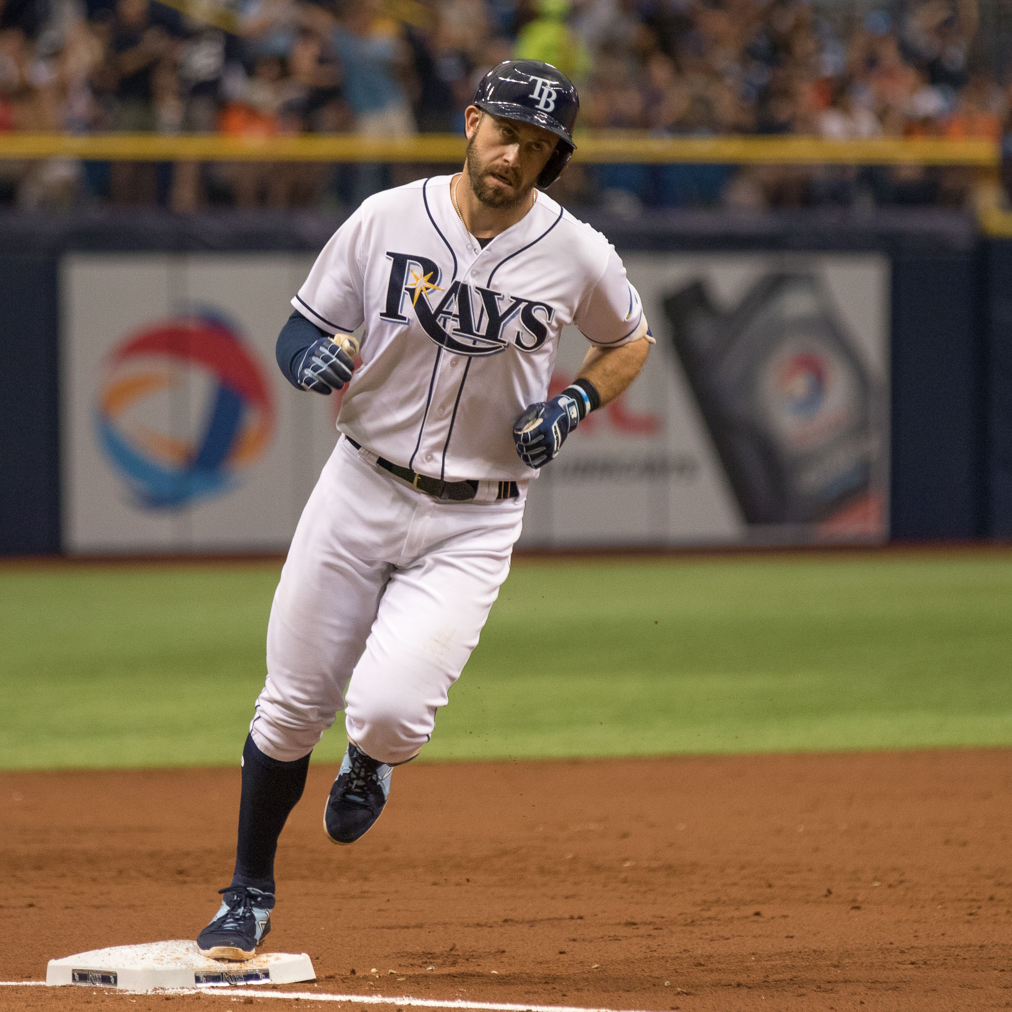 Evan Longoria tied the game with his third-inning homer./STEVEN MUNCIE
