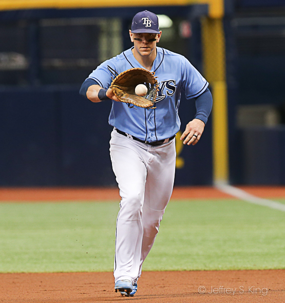 Morrison fields a grounder for the out in Rays' loss./JEFFREY S. KING
