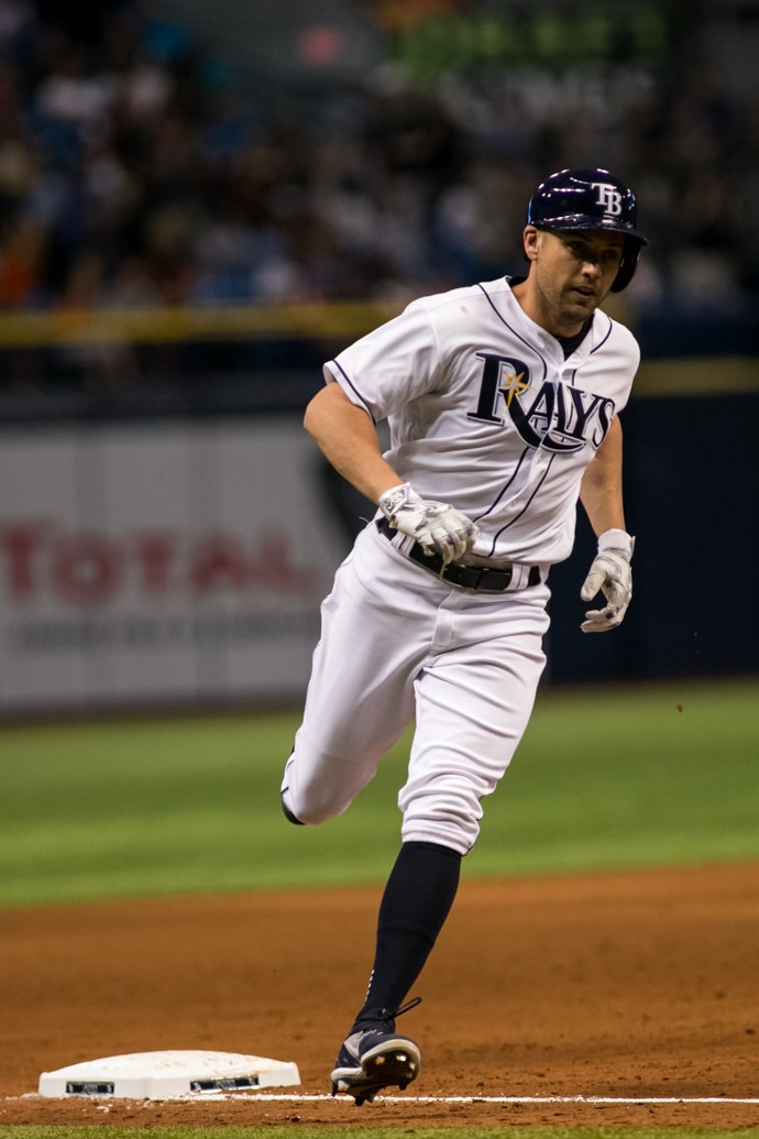 Bourjos hit a home run to give the Rays the lead./CARMEN MANDATO