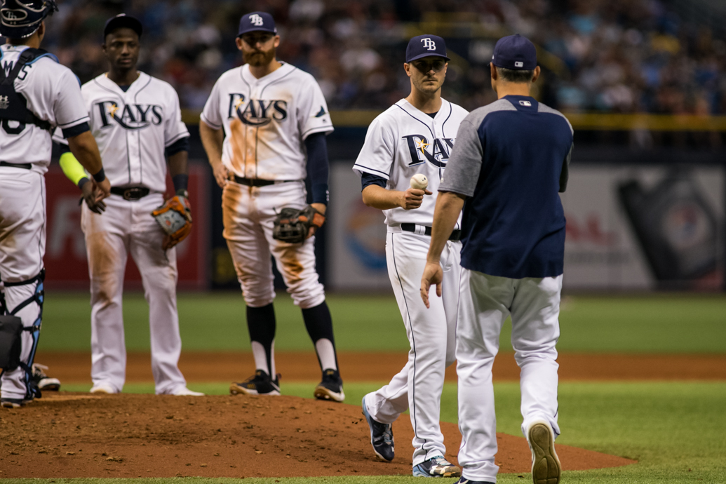 Once again, Cash took the ball from Odorizzi early./CARMEN MANDATO