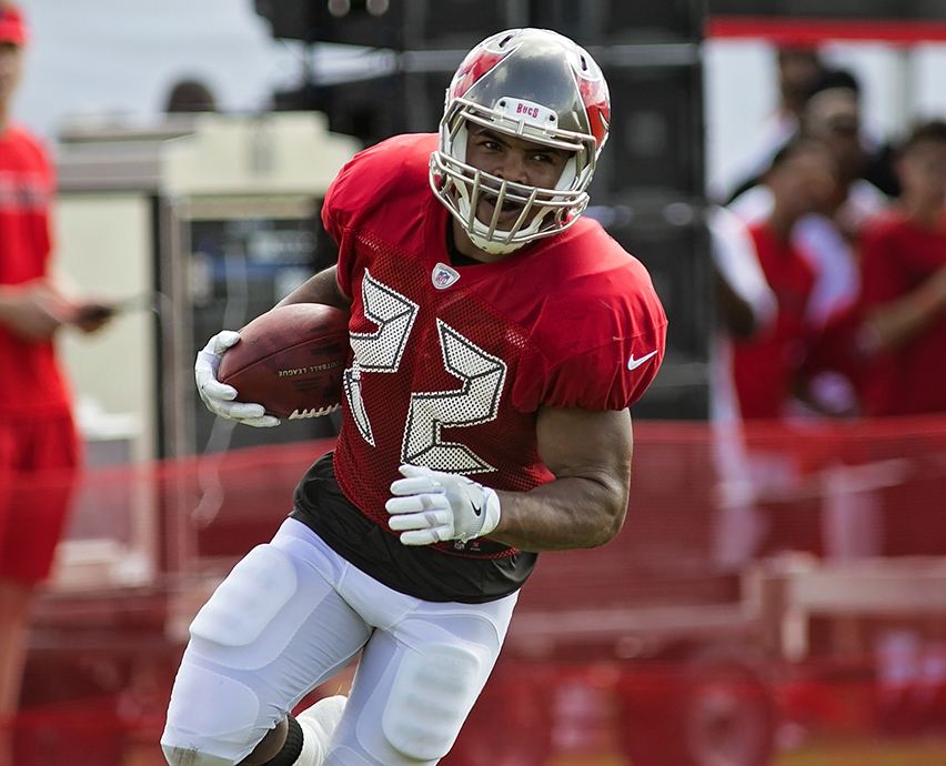 Doug Martin's preseason will be a long one./CARMEN MANDATO