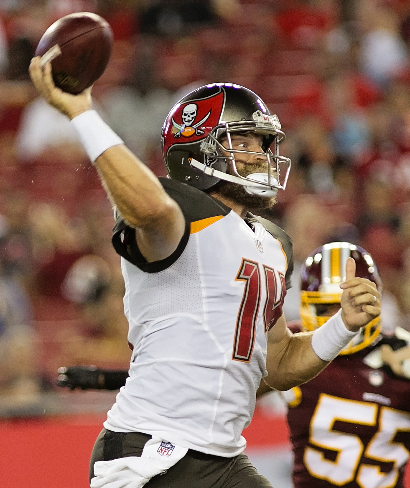 Fitzpartrick will try to keep the Bucs afloat./CARMEN MANDATO