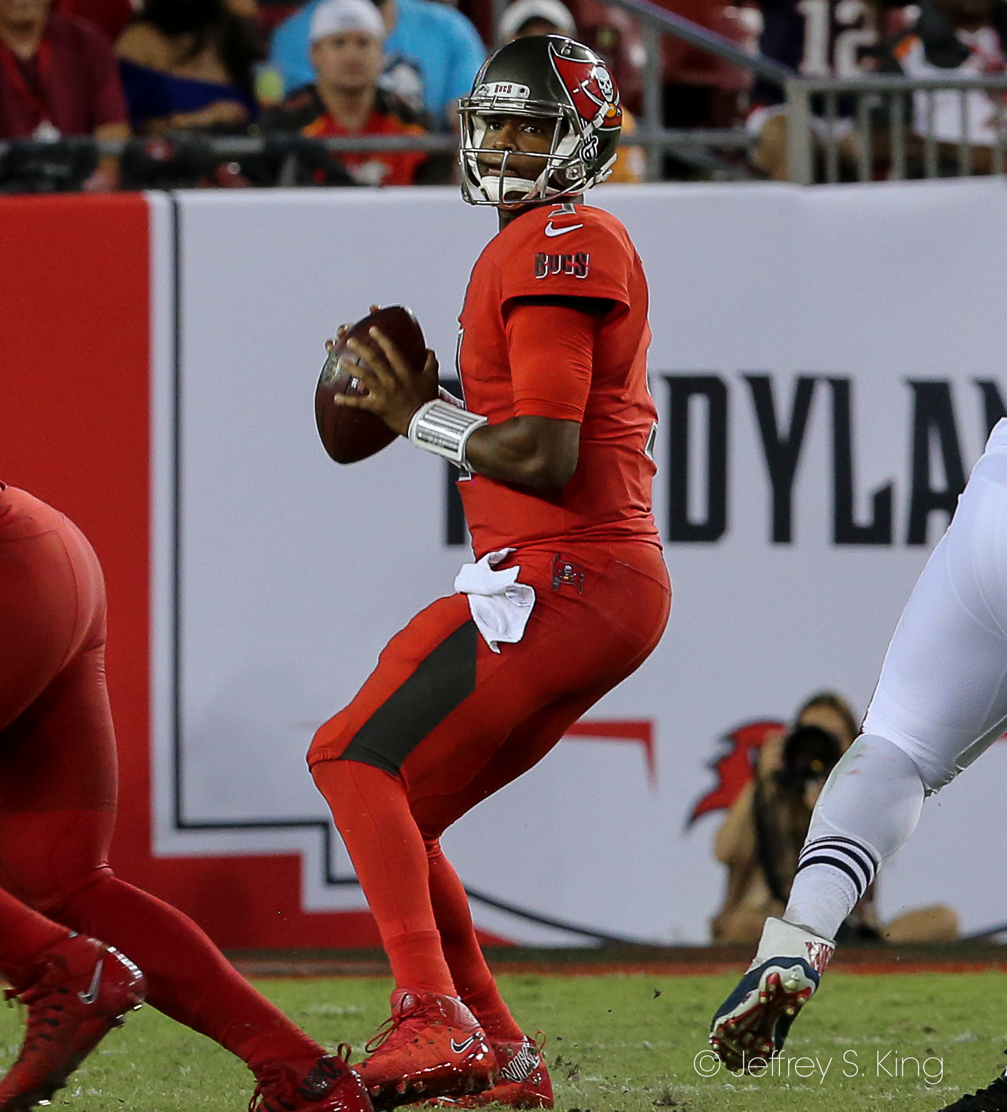 Winston threw for 225 yards in the fourth quarter./JEFFREY S. KING