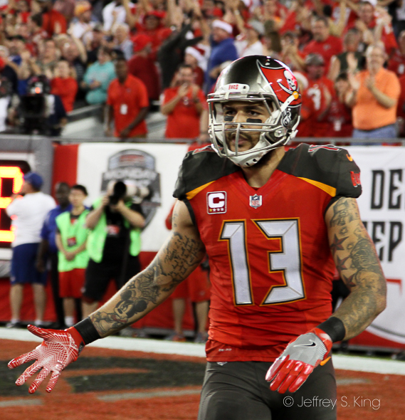 Mike Evans scored on a 42-yard touchdown./JEFFREY S. KING