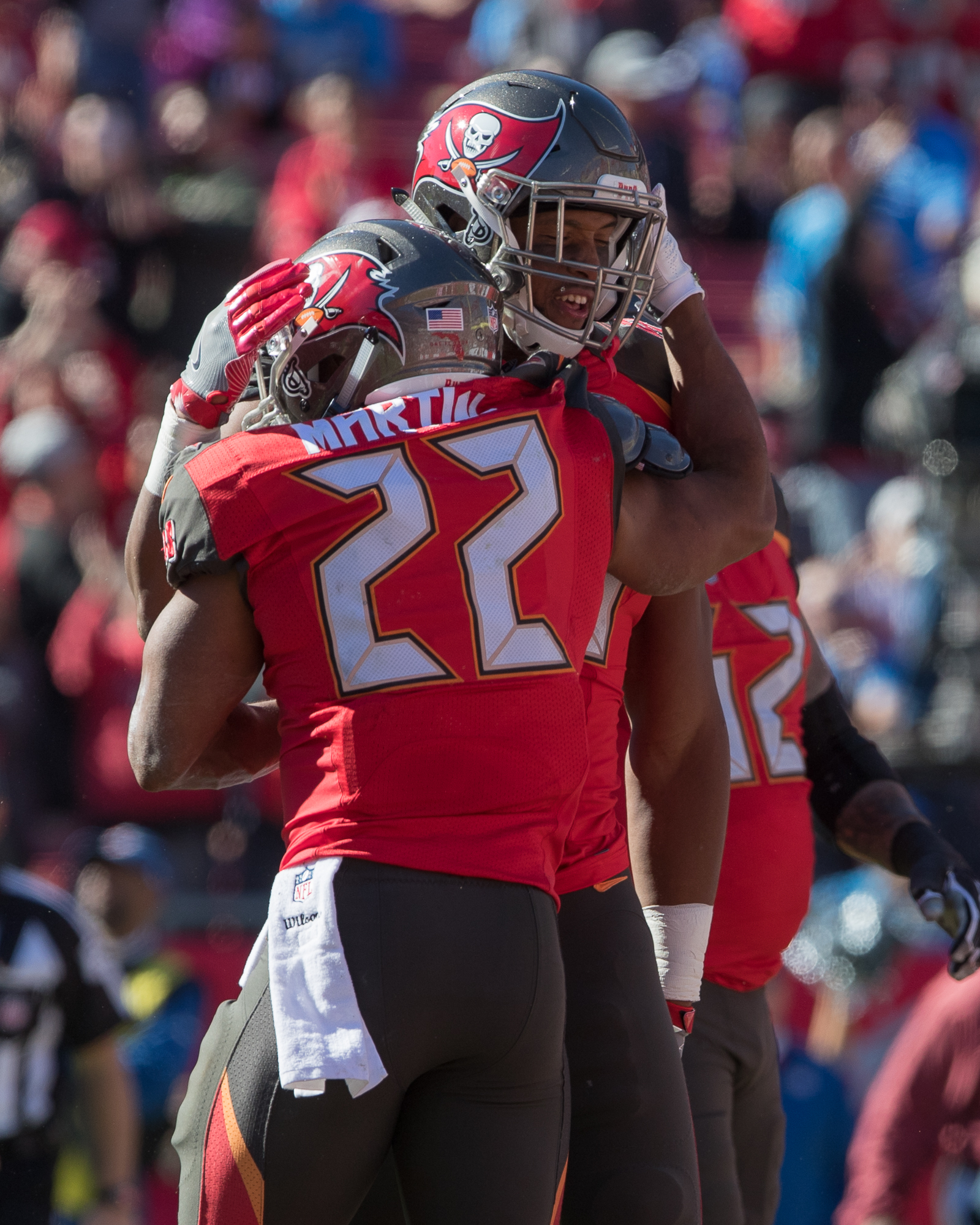 Doug Martin celebrates after scoring a touchdown./STEVEN MUNCIE