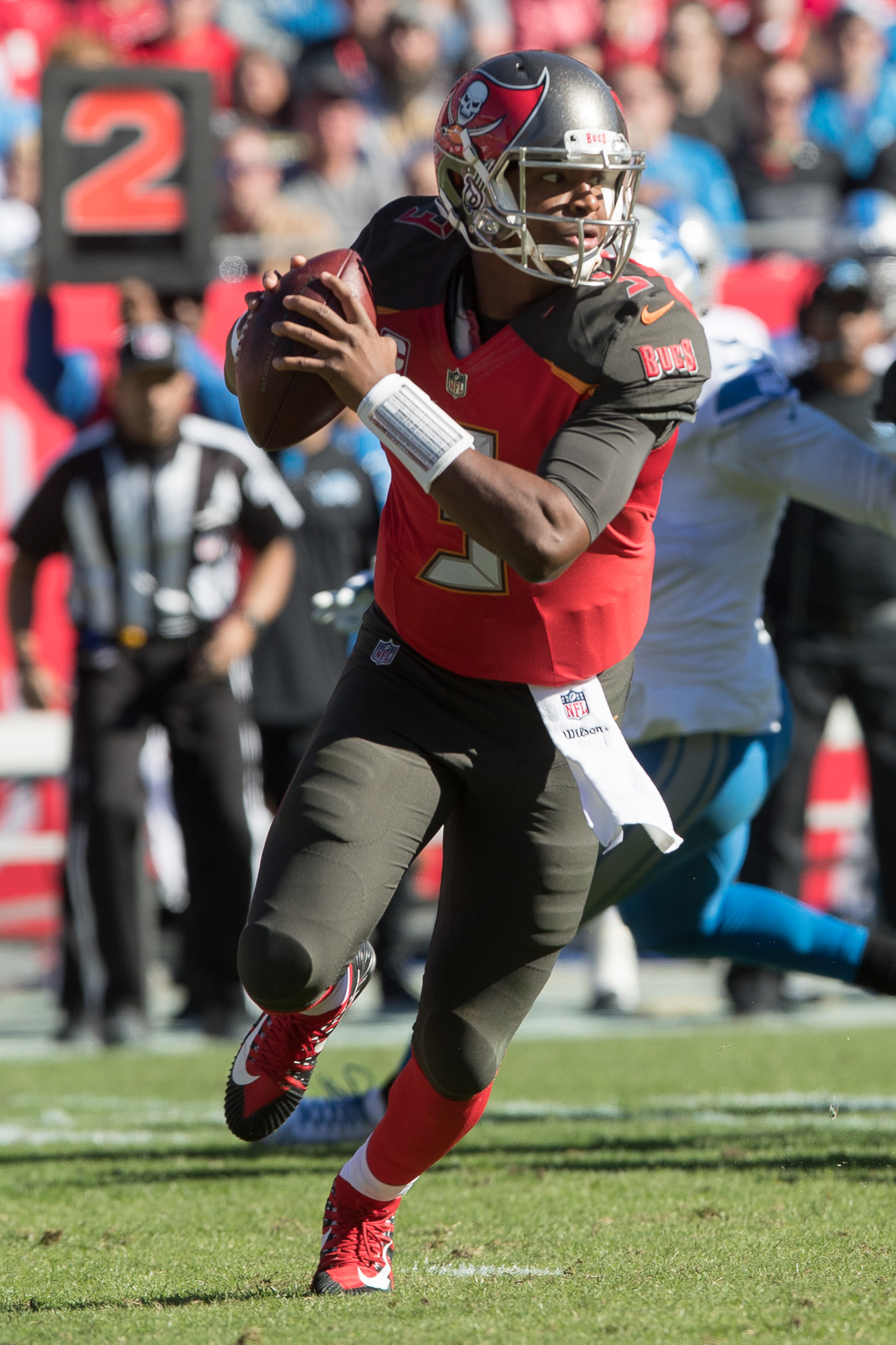 Jameis Winston still needs to reduce turnovers./STEVEN MUNCIE