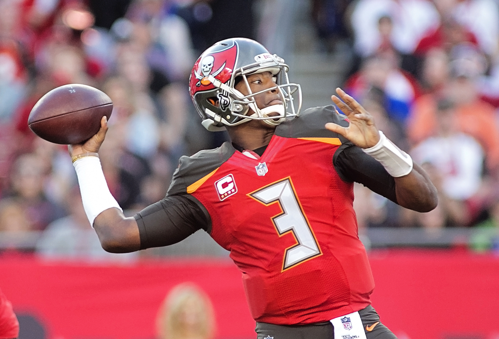Winston has five career comebacks in the fourth quarter./CAMERON MANDATO