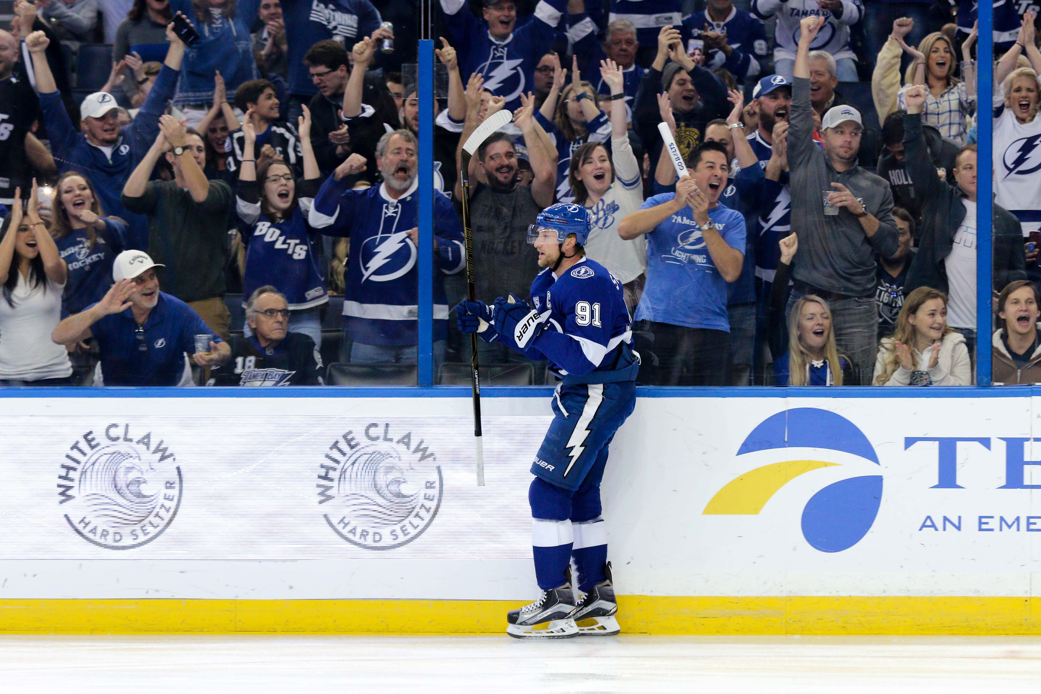 Stamkos reacts after scoring on the Lightning's first shot in the 1st,/ANDREW J. KRAMER