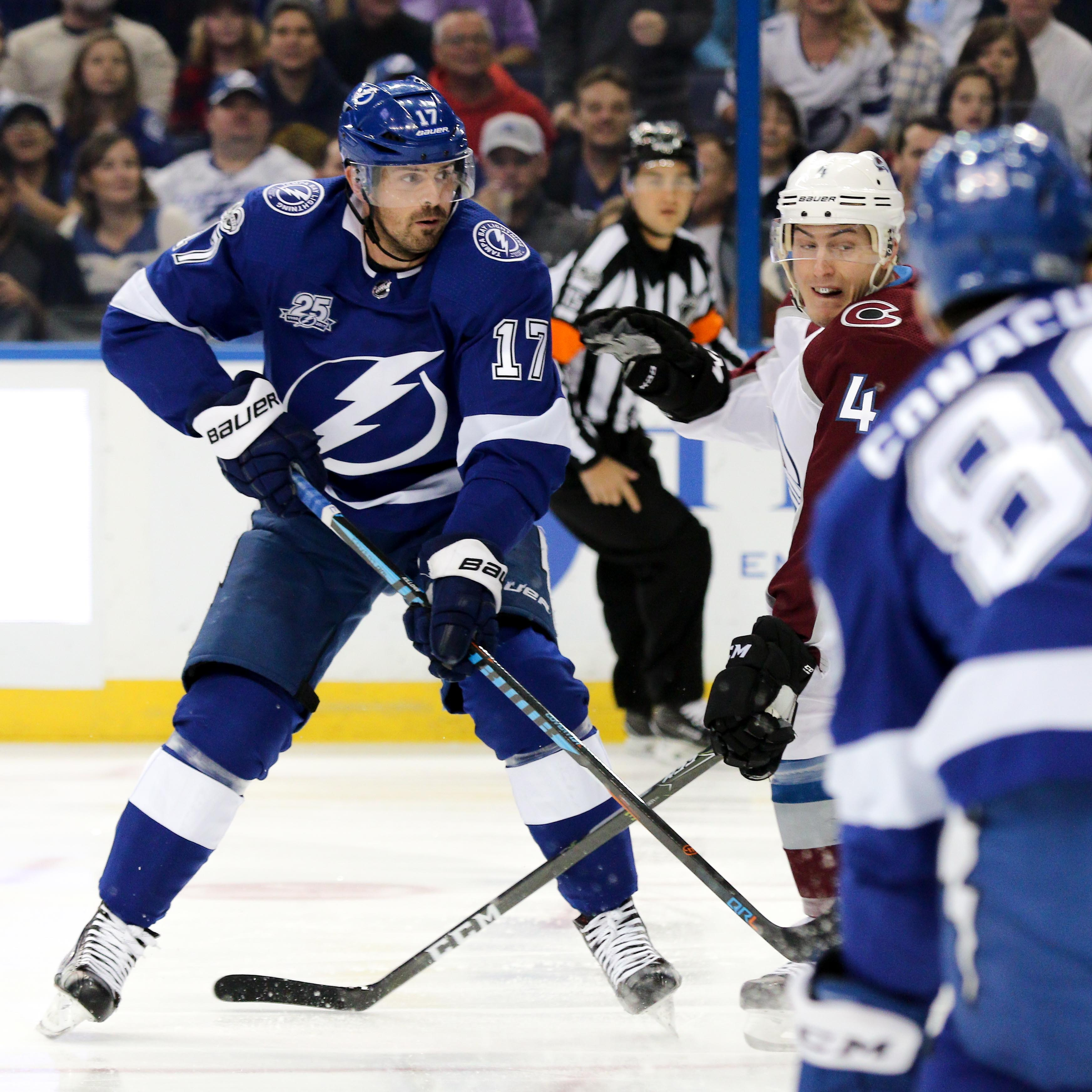 Killorn battles for position with Barrie./ANDREW J. KRAMER