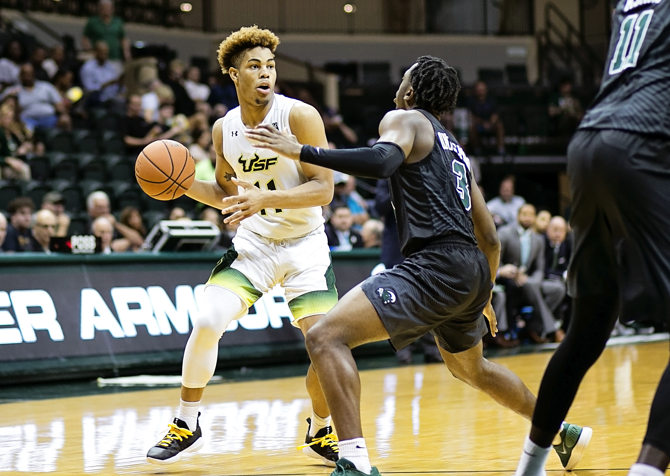 Collins led USF in scoring for the third straight game./CARMEN MANDATO