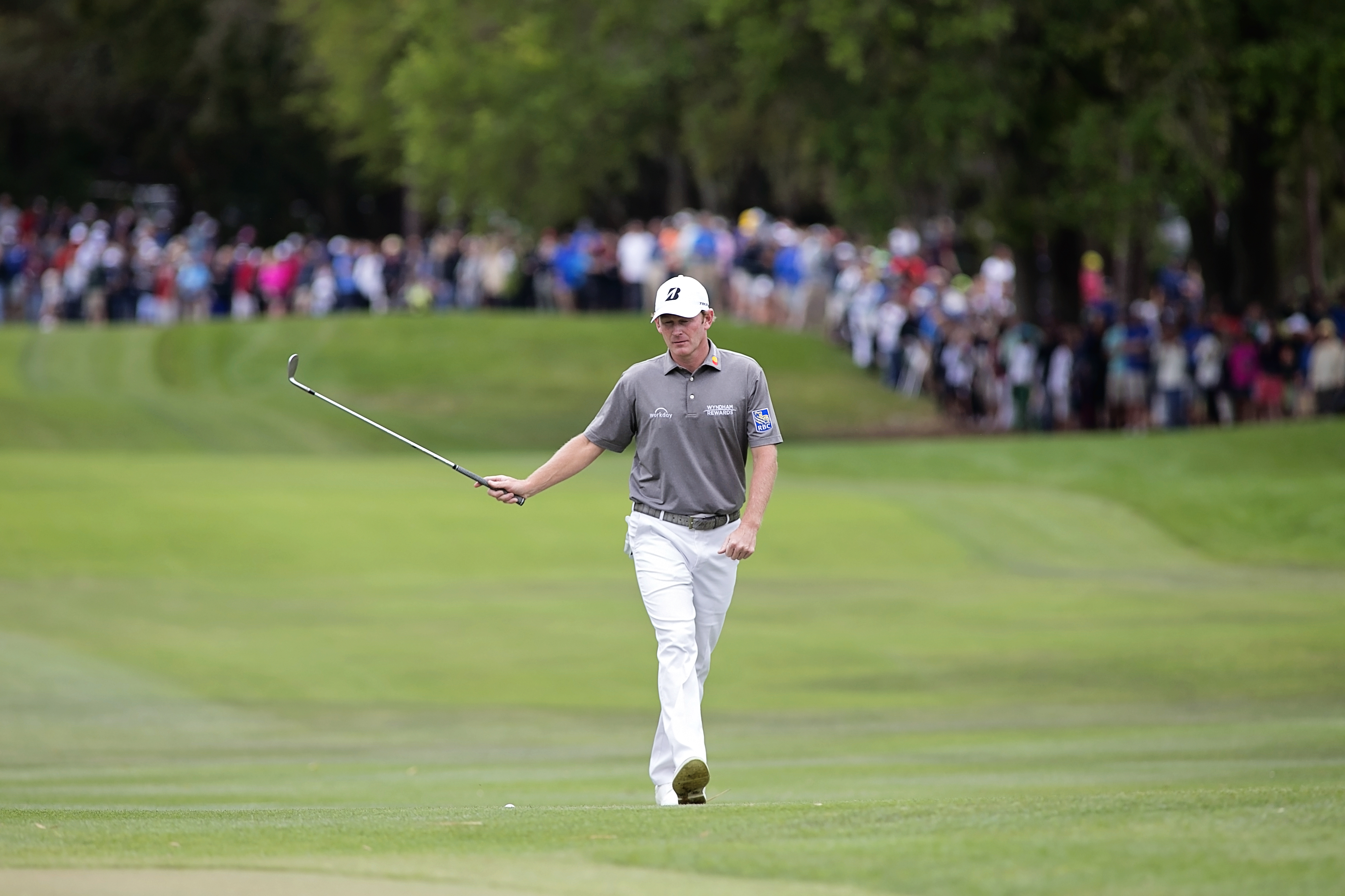 Snedeker keeps being paired with Tiger./CARMEN MANDATO