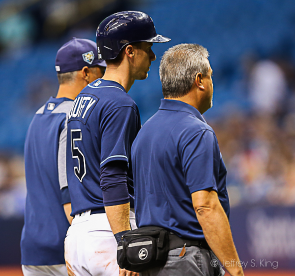 After tweaking a hamstring, Duffy leaves the game./JEFFREY S. KING