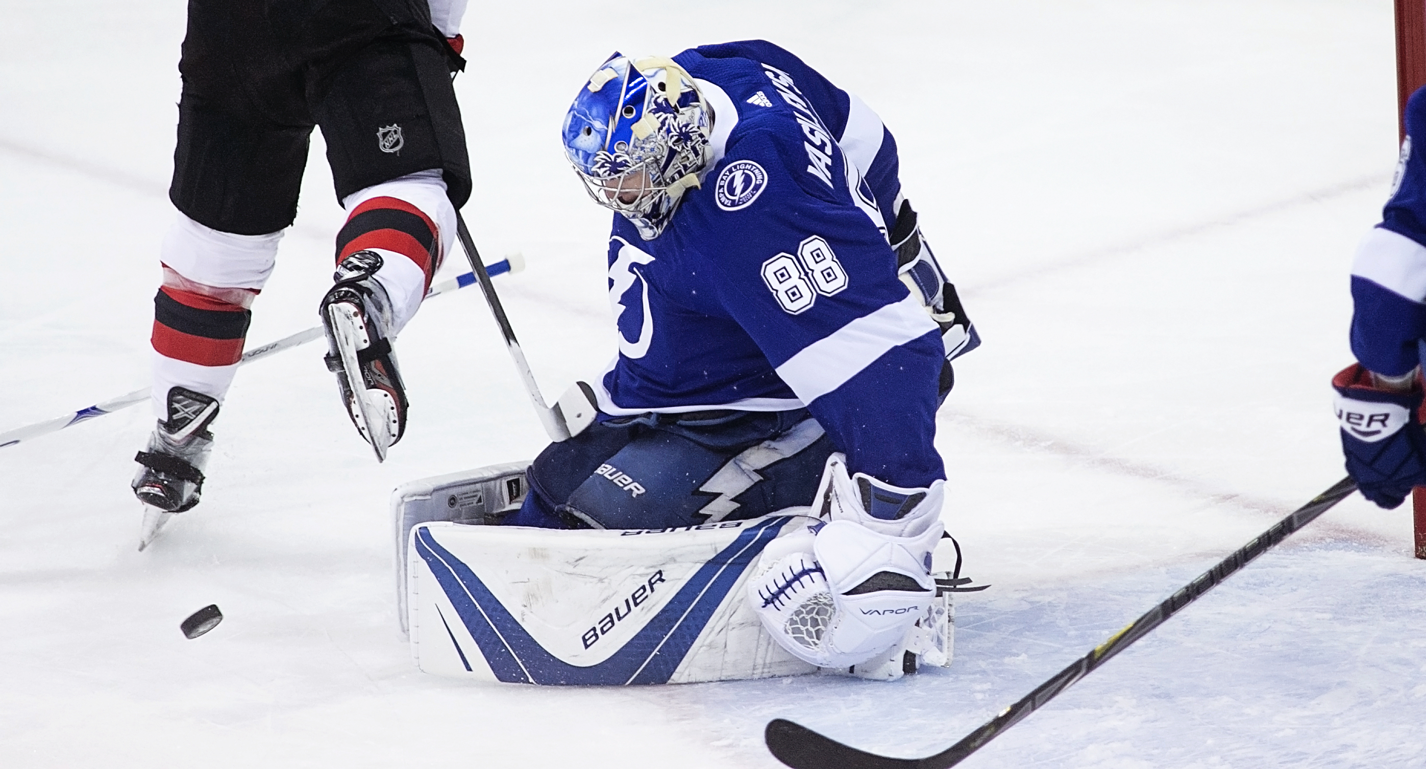Vasilevskiy stopped 41 shots to beat the Devils./CARMEN MANDATO