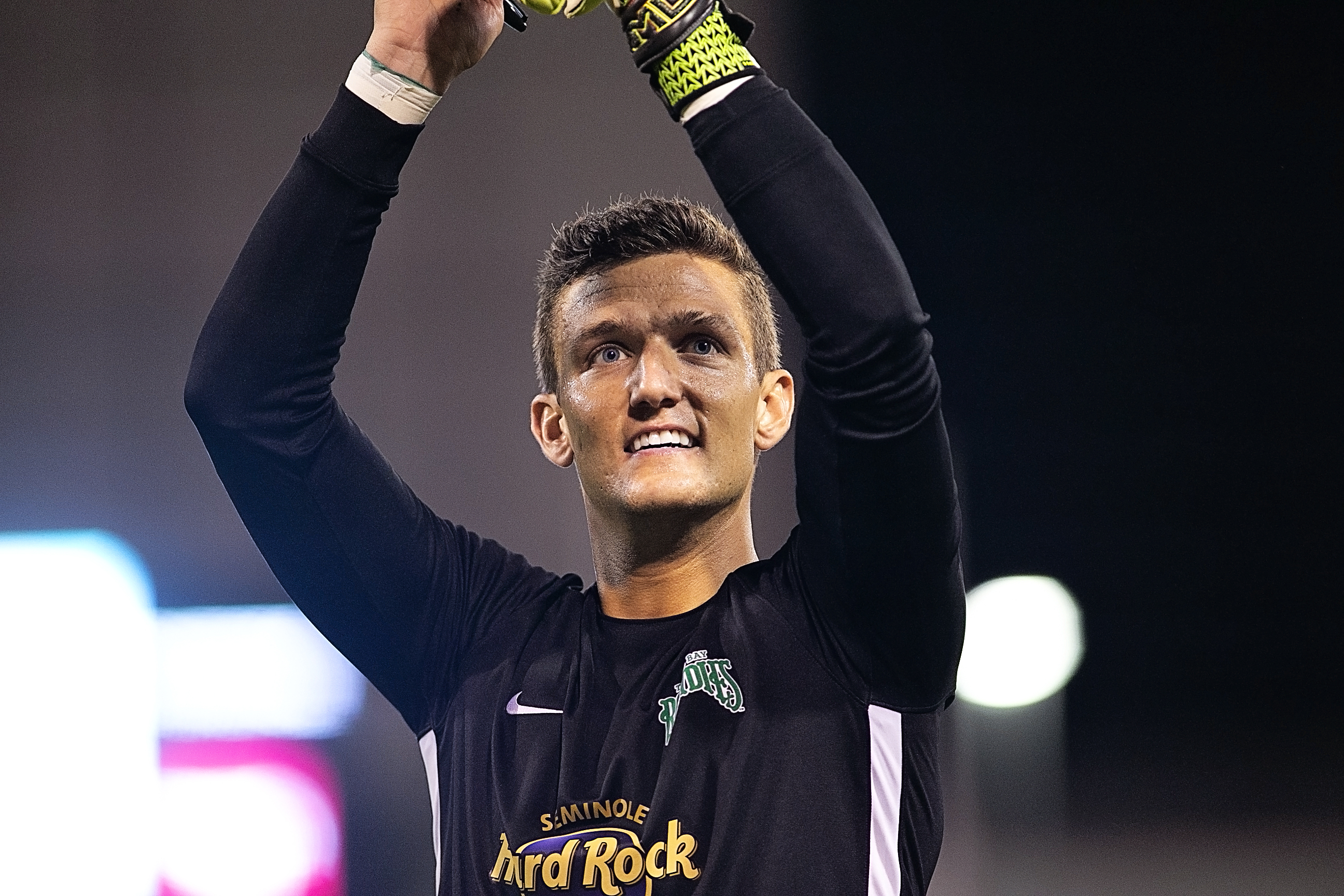 Mizell celebrates a clean sheet for the Rowdies./CARMEN MANDATO