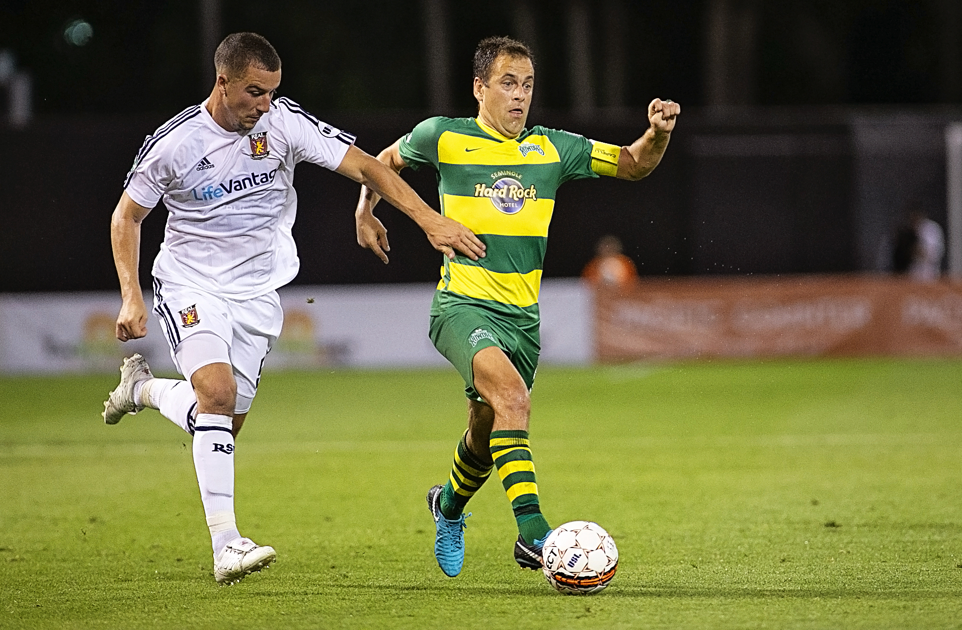 Cole scored a goal for the Rowdies./CARMEN MANDATO