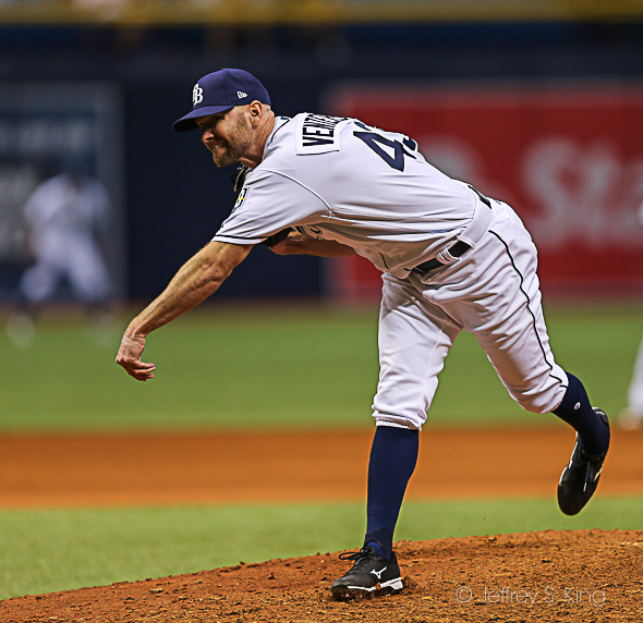 Venters had a tough opener for the Rays./CARMEN MANDATO