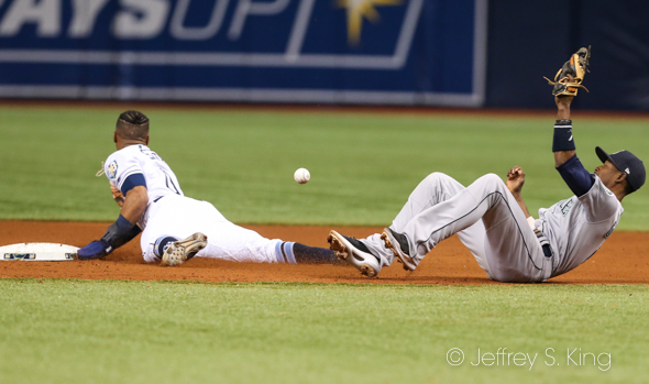 Smith steals second base for the Rays./JEFFREY S. KING