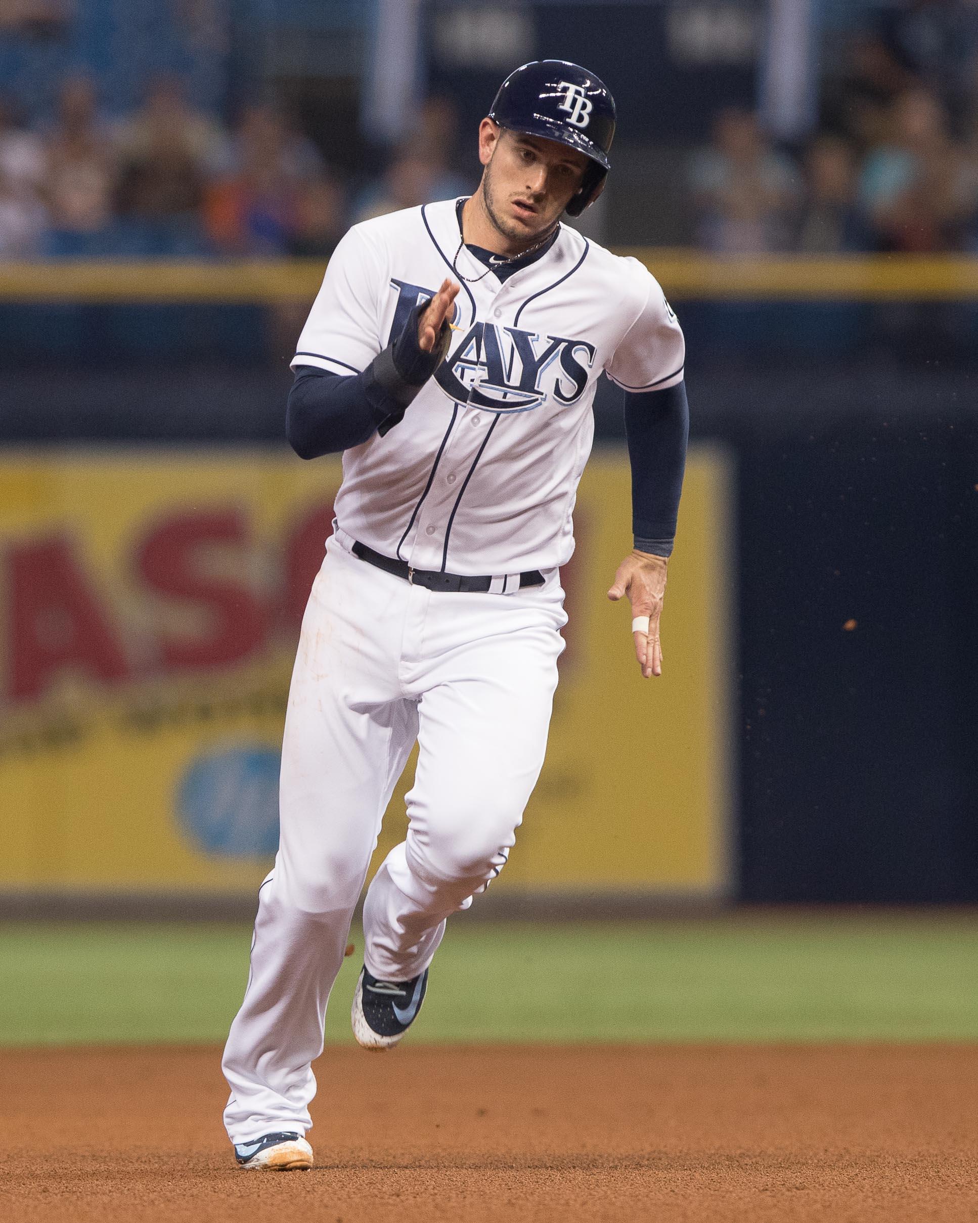 Daniel Robertson runs to 3rd base./STEVEN MUNICE