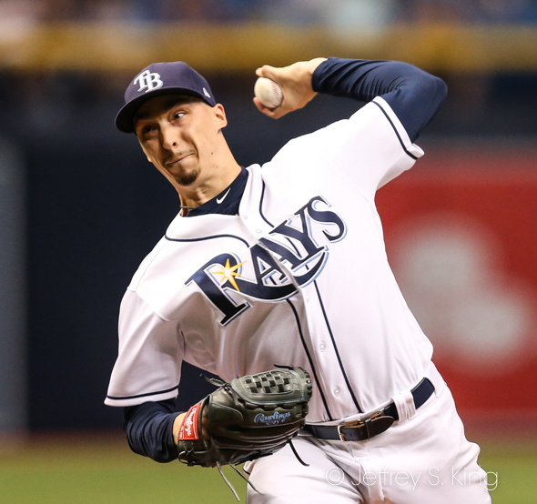Snell won the 16th game of his stellar year./JEFFREY S. KING