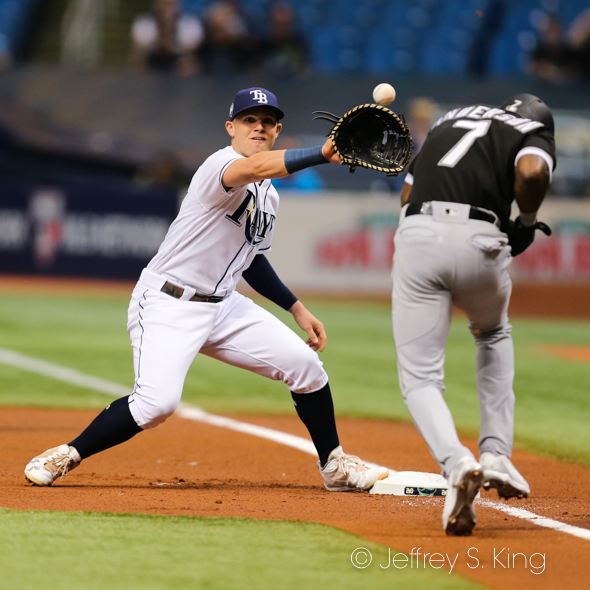 Jake Bauers makes the play at first for Rays./JEFFREY S. KING